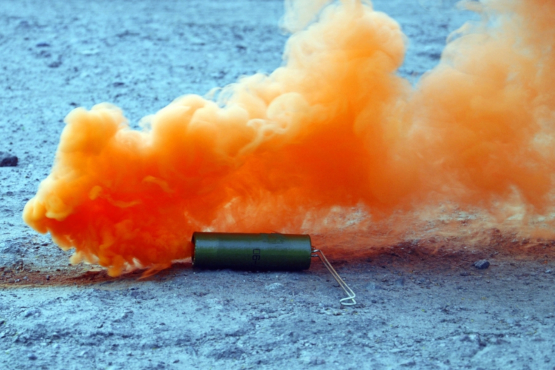 5 quick tips how to take easily good photos with smoke bombs?