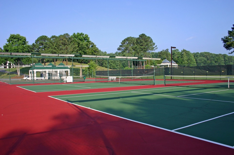 advice for tennis court construction